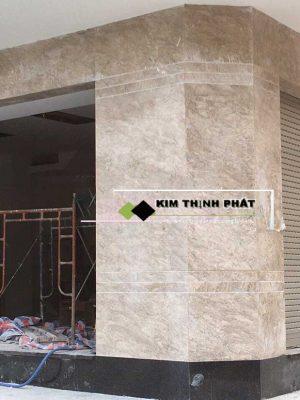 Chúng tôi chuyên cung cấp đá, lắp đặt công trình đá bao gồm ốp bàn bếp, ốp cầu thang, cột đá, mặt tiền, nền nhà Đá Marble Oman Xám uy tín hàng đầu