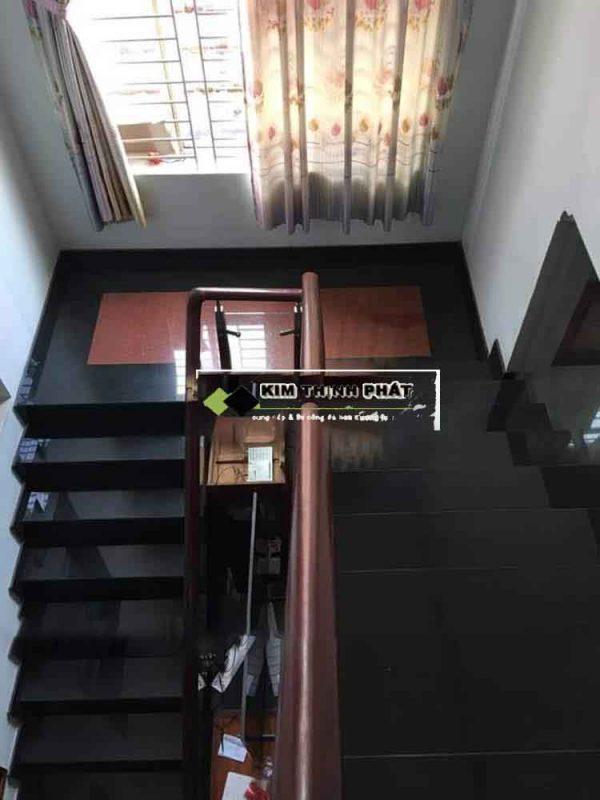 mẫu cầu thang đá granite đen ấn độ