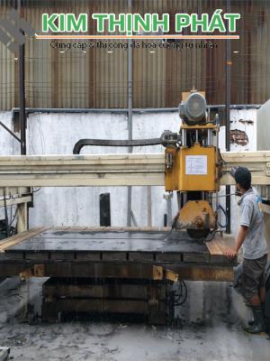 Kim Thịnh Phát chuyên bán đá đen ấn độ, lắp đặt công trình đá cầu thangm bàn bếp, mặt tiền, nền nhà bằng đá đen ấn độ trên toàn quốc