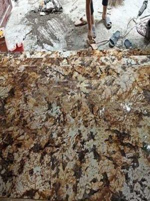 Kim Thịnh Phát chuyên cung cấp và lắp đặt công trình đá vàng bạch dương, ốp cầu thang, làm bàn bếp, ốp mặt tiền, ốp cột, lát nền nhà